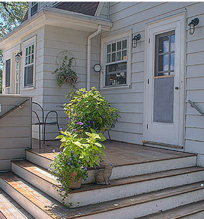 Photograph of a clean outdoor porch